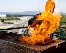 Hockenheimring: Summerfeeling, BBQ und coole Partys mit Motodrom-Blick!