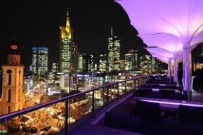 Frankfurt: Ihre Weihnachtsfeier mit Skyline-Blick