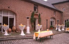 Kerpen-Blatzheim: Ihr firmeneigener Weihnachtsmarkt auf der Kommandeursburg