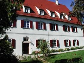 Gundelfingen: Neu – AYURVEDA PUR für Unternehmen im Rosenschloss