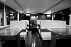 Berlin: Neue Location: Ein Luxusrestaurant auf vier Rädern