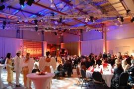 Speyer: Nostalgische Firmenweihnachtsfeier im Technik MUSEUM SPEYER