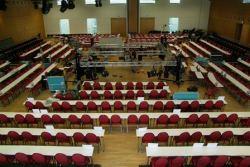 Hanau: 360°-Arena wie bei US-Wahlkampfveranstaltungen im Congress Park Hanau