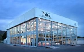 Neu und hochmodern: Die Temporärhalle Palas von Losberger