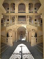 Das atemberaubende Treppenhaus