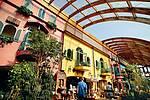 Market Dome mit drei Restaurants