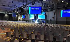 Essen Grand Hall UNESCO Welterbe Zollverein Reihenbestuhlung