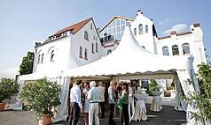 Karlsruhe Palazzo Halle Outdoor-Empfang