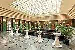 Oberes Foyer für Sektempfang