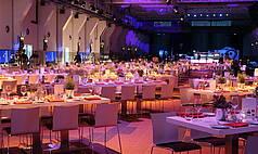 Essen Grand Hall UNESCO Welterbe Zollverein Abend Veranstaltung im OG