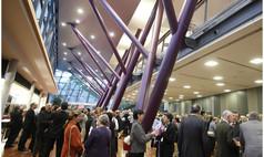 Esslingen am Neckar bei Stuttgart Esslingen live - Kultur und Kongress Empfangen Sie Ihre Gäste mit spannender Architektur im Neckar Forum in Esslingen.
