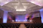 Interessante Beleuchtung im großen Saal in der Filderhalle