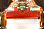 Das große Plenum für Vorträge oder Events